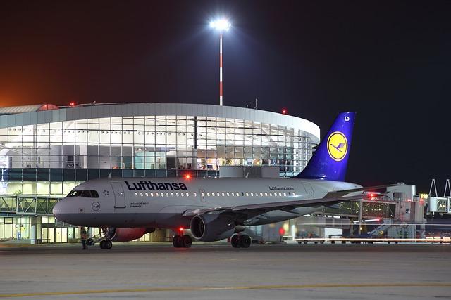Lufthansa: titolo crolla (-30%) dopo aumento di capitale